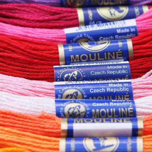 チェコの刺繍糸セット