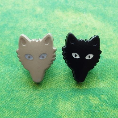 オオカミのボタン